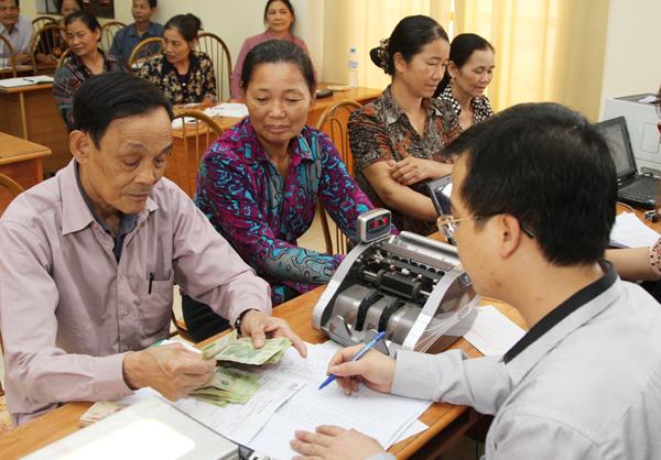 Cán bộ Hội, đồng hành cùng ngân hàng đưa vốn tới hội viên
