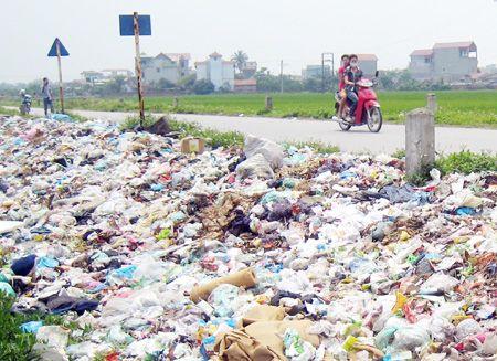 Hưng Yên: 67% lượng chất thải rắn nông thôn đã được thu gom, xử lý