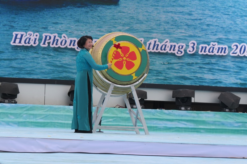 Vietnam Farmers Union held Head for the open sea festival in Haiphong 2017.