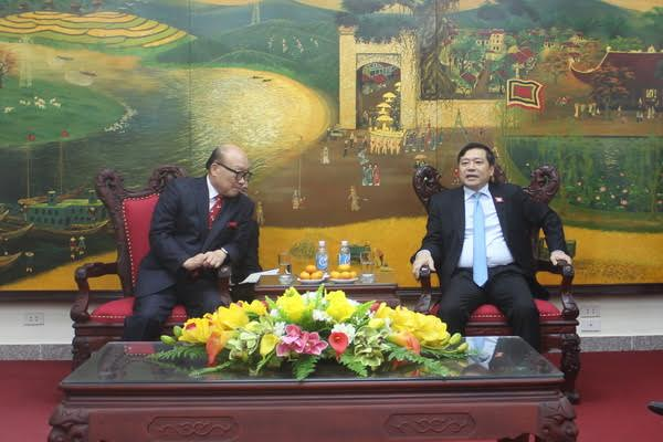 VNFU Chairman Lai Xuan Mon to have a working session with Chairman of Agerigna Group (South Korea) on bringing e-learning to the countryside