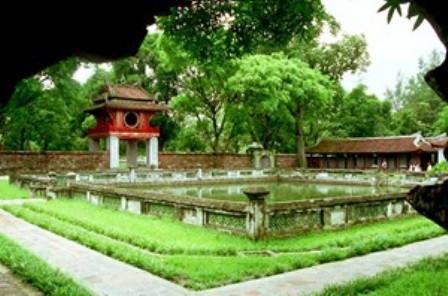 Phu nhân nguyên thủ các nước tìm hiểu văn hóa Hà Nội