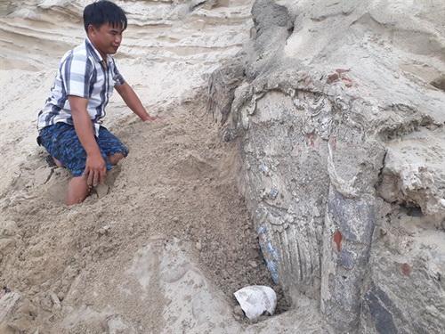 Phát hiện công trình nghi là mộ cổ ở Quảng Nam