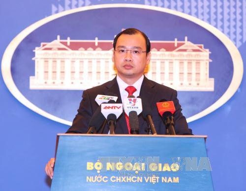 Yêu cầu Trung Quốc chấm dứt ngay các hoạt động xây dựng tại hai quần đảo Hoàng Sa và Trường Sa