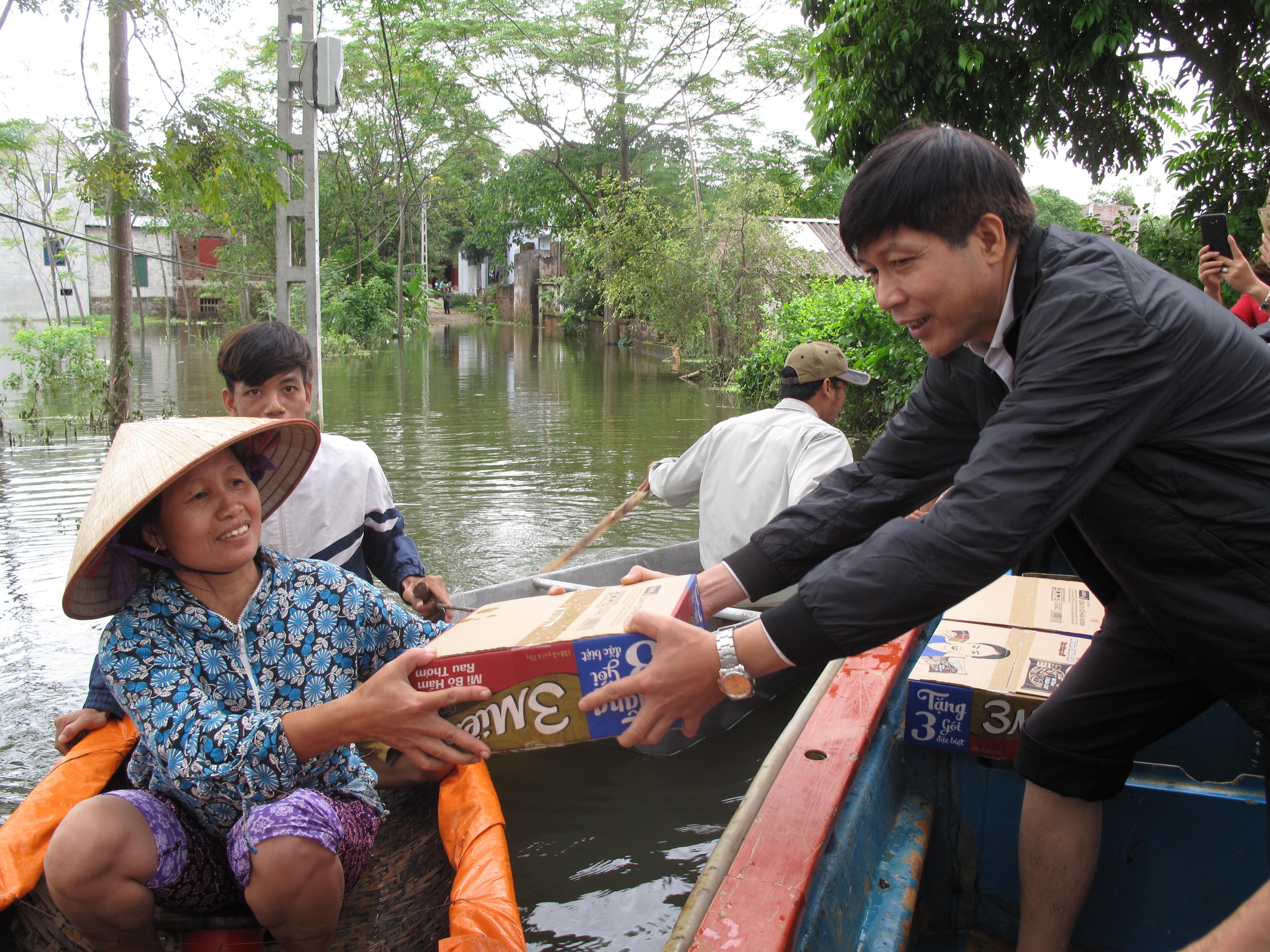 Hội ND Tp. Hà Nội: Hỗ trợ nông dân bị ảnh hưởng do mưa lớn gây ra tại huyện Chương Mỹ và huyện Mỹ Đức
