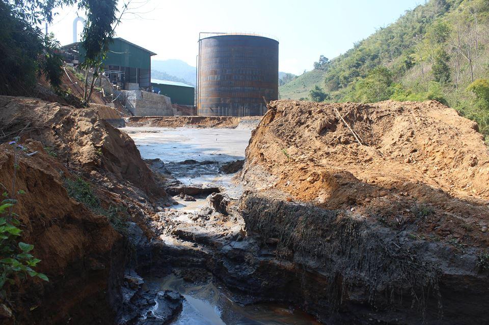 Điện Biên: Vỡ đập nhà máy chế biến tinh bột sắn, cá chết trắng suối