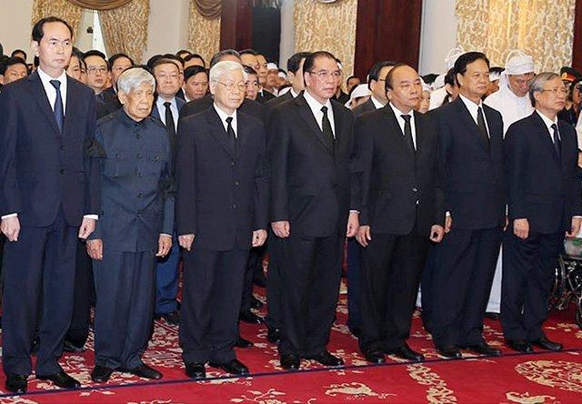 Cử hành trọng thể lễ viếng đồng chí Phan Văn Khải