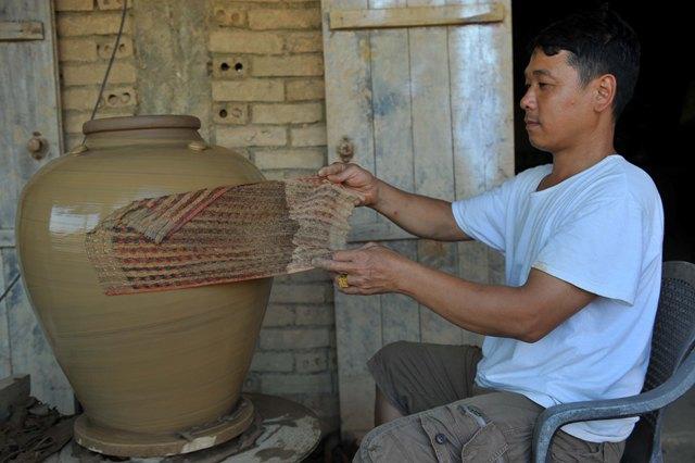 Khám phá nghề làm gốm Gia Thủy