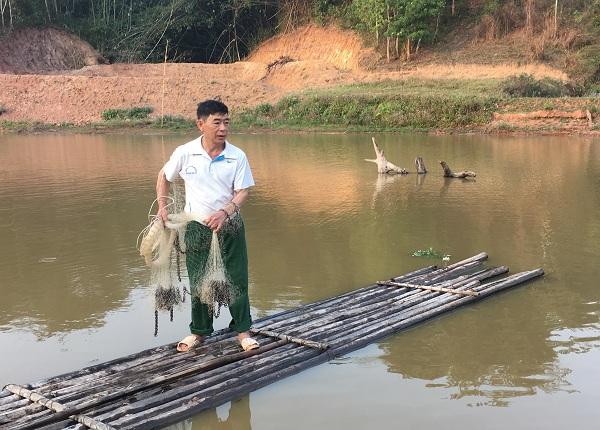 Chuyện làm giàu ở Mường Nhé: Ông Pháng nuôi cá lãi 200 triệu đồng/năm