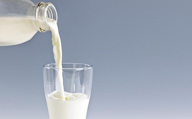 Mắc 10 bệnh này, nên ngừng uống sữa ngay nếu không muốn gặp nguy hiểm