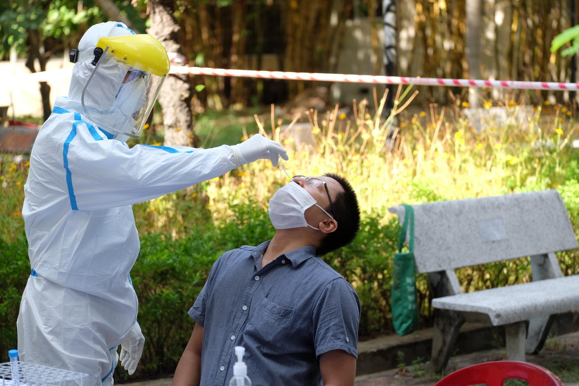 Vì sao bệnh nhân mắc Covid-19 ở Đà Nẵng tái dương dính với SARS-CoV-2? 1