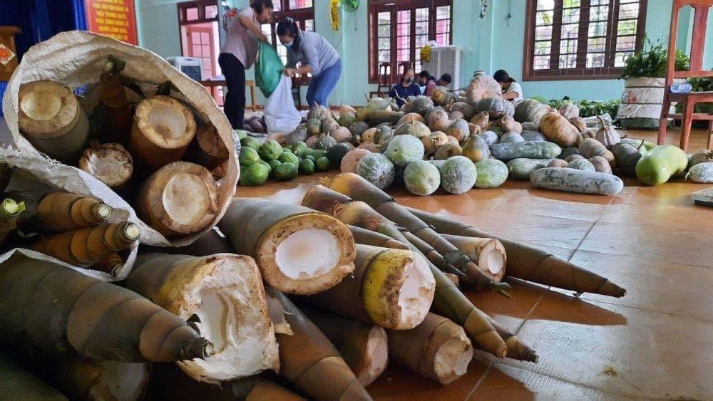 Hội viên, nông dân tiếp tục quyên góp, ủng hộ chống dịch Covid 19 3
