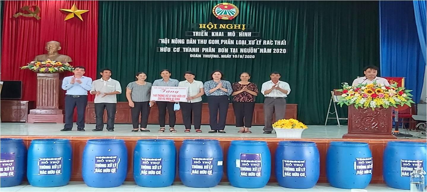 Hải Dương : Tặng thùng rác hữu cơ cho hội viên, nông dân